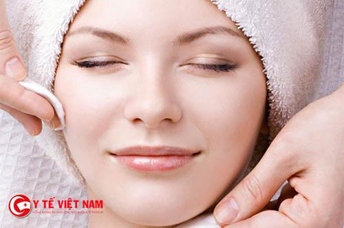 Tẩy trang cho da chuyên sâu giúp làm sạch da hiệu quả
