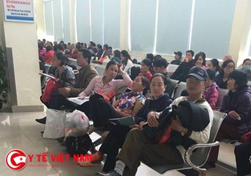 Bệnh nhân tới khám tại BV K cơ sở Tân Triều