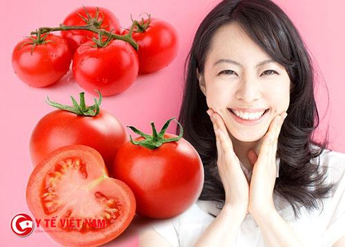 Da trắng mịn với mặt nạ cà chua