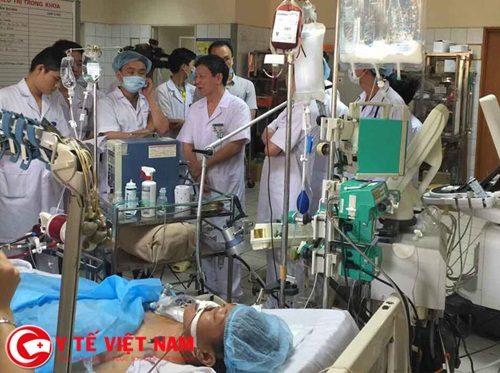 Hoang mang: Truy tố bác sĩ Hoàng Công Lương bụ tai biến ở BV Hòa Bình