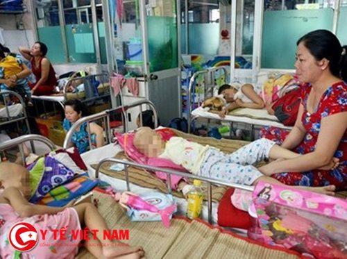 Bệnh nhân ung thư tại Bệnh viện Ung bướu TP.HCM. Ảnh: Duyên Phan