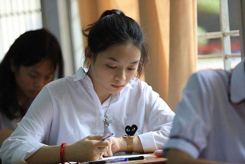 450.000 thí sinh làm bài thi tổ hợp Khoa học xã hội Kỳ thi THPT Quốc gia 2018