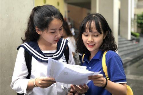 Những điểm bất thường trong phổ điểm thi môn Ngữ Văn Kỳ thi THPT năm 2018
