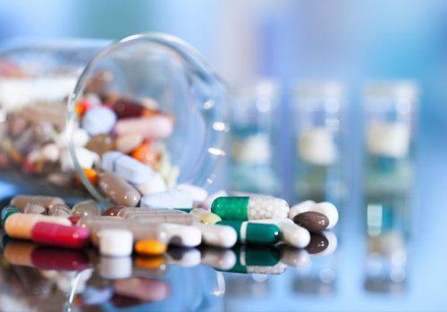 Thuốc viên nén bao phim Unicet (Cetirizin hydroclorid 10 mg) bị đình chỉ vì không đạt tiêu chuẩn chất lượng về chỉ tiêu độ hòa tan. Ảnh: Kobieta.onet