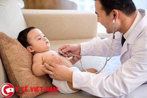 đối với những trẻ mắc loại Virus này thường không có biểu hiện rõ ràng