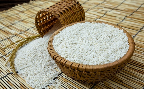 Thầy thuốc YHCT chia sẻ mẹo dân gian chữa bệnh bằng gạo nếp