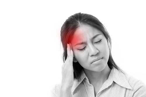 Nhóm nhân viên văn phòng có tỉ lệ mắc đau nửa đầu cao