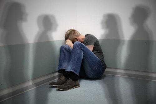 Tìm hiểu về nguyên nhân và triệu chứng của bệnh tâm thần phân liệt