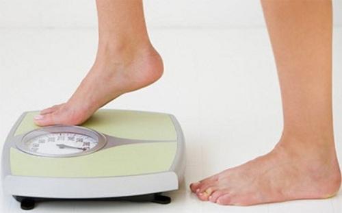 Tăng giảm cân nặng bất thường rất có thể là dấu hiệu cảnh báo nguy cơ sỏi mật