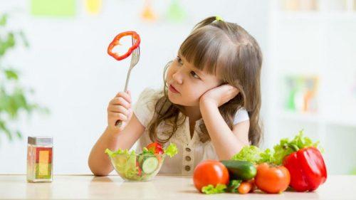 Cân bằng dinh dưỡng cho trẻ giúp trẻ có chiều cao vượt trội