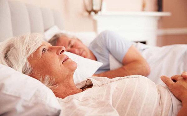 khoa học đã chứng minh nếu bạn ngủ và dậy một giờ cố định