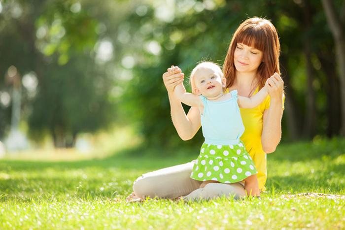 khi trẻ có dấu hiệu còi xương, các bậc phu huynh nên đưa trẻ đi khám và tư vấn dinh dưỡng