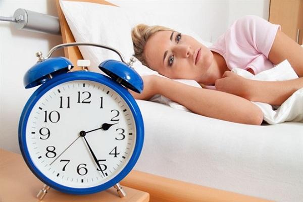Dược sĩ tư vấn cách sử dụng thuốc an thần điều trị mất ngủ