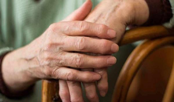 Viêm khớp dạng thấp gây nhiều biến chứng nguy hiểm cho người bệnh