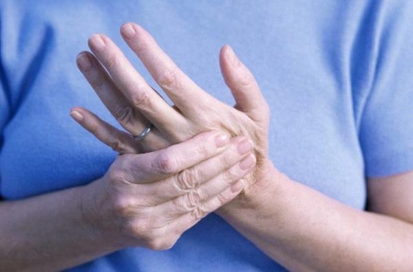 Bệnh nhân viêm khớp nên tránh xa những thực phẩm này để nhanh khỏi bệnh