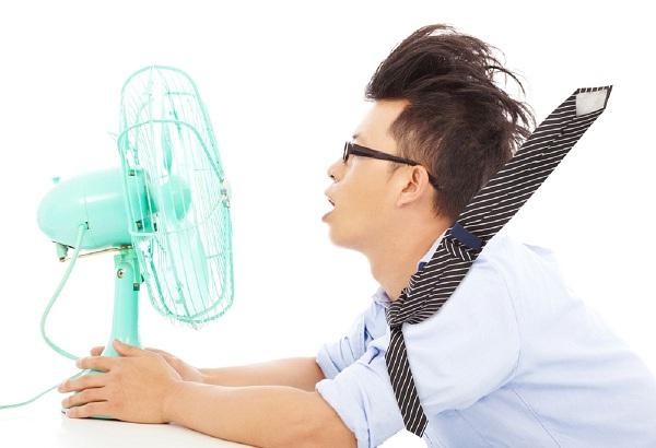 Sĩ tử nên làm gì để giữ sức khỏe trong những ngày ôn thi nắng nóng?