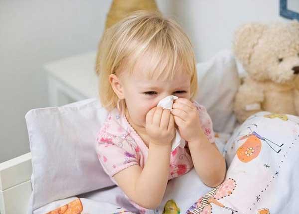 Thầy thuốc tư vấn bài thuốc trị viêm xoang mạn tính cho trẻ
