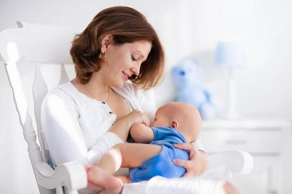 Tìm hiểu 11 ưu điểm khi tiến hành nuôi con bằng sữa mẹ