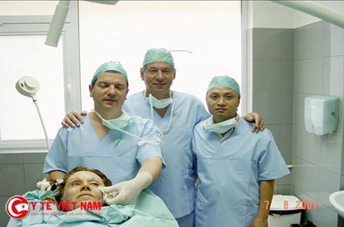 Bác sĩ Mai Mạnh Tuấn đãthực hiện hàng nghìn ca phẫu thuật thẩm mỹ
