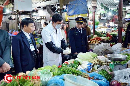 Đảm bảo công tác vệ sinh an toàn thực phẩm dịp Tết Nguyên Đán 2017