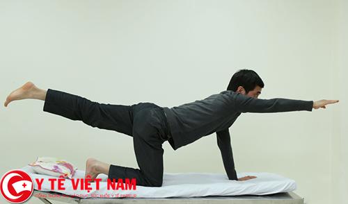 Duối chân bài tập thể dục không tốt cho bệnh thoát vị đĩa đệm