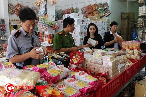 Tăng cường kiểm tra an toàn thực phẩm trên toàn quốc