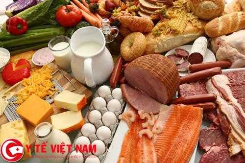 Sốt xuất huyết nên ăn thực phẩm giàu chất đạm