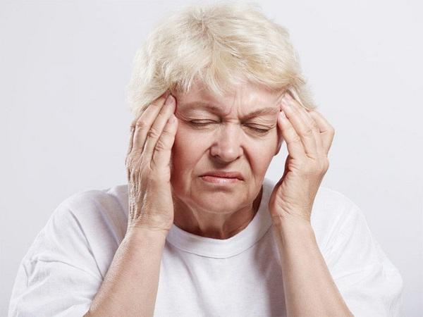 Bài thuốc Đông Y giúp điều trị chứng thiếu máu não hiệu quả