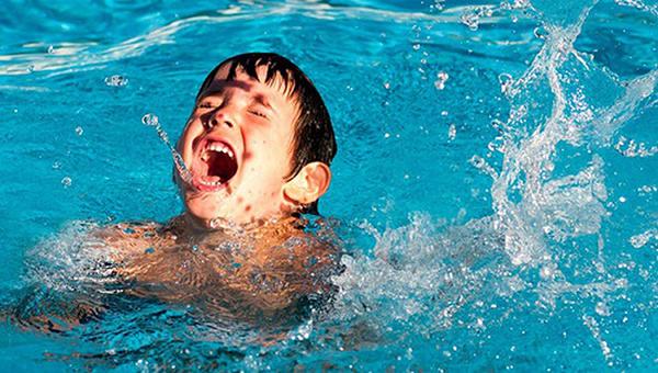 Biện pháp giúp trẻ phòng chống hiệu quả đuối nước trong mùa hè