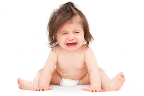 Trẻ rối loạn tiêu hóa cũng có thể xuất hiện những cơn đau quặn bụng
