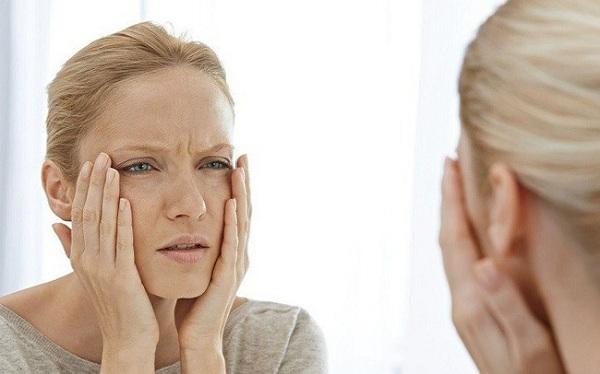 Bác sĩ cảnh báo 6 thói quen xấu khiến bạn nhanh già đi