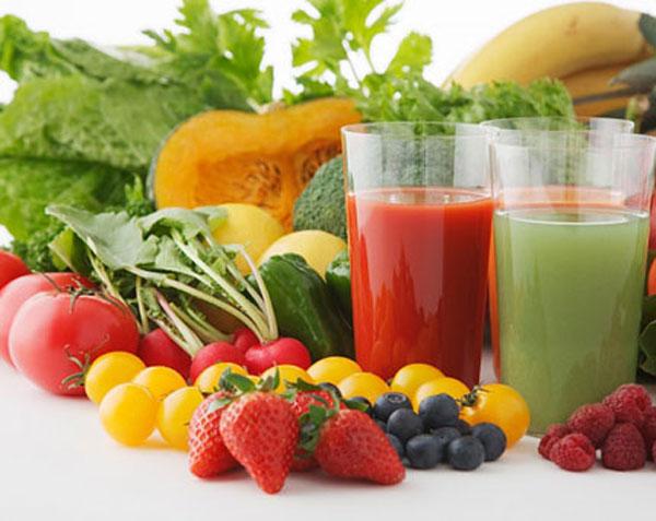 Bổ sung rau xanh, trái cây vào thực đơn mỗi ngày để phòng ngừa viêm da dị ứng