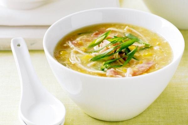 Món súp gà tốt cho người bị viêm họng