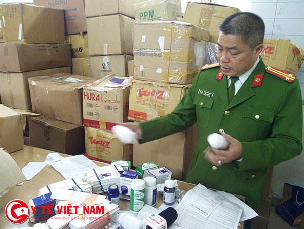 Triệt phá đường dây sản xuất hơn 2 tấn tân dược giả ở Hà Nội